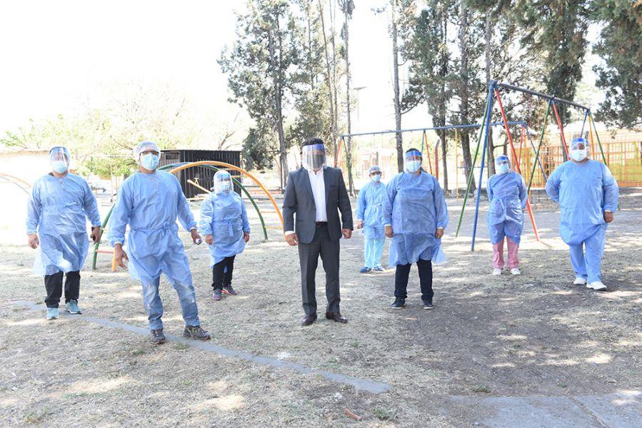 72386-el-gobernador-saenz-superviso-el-operativo-detectar-en-barrio-santa-ana