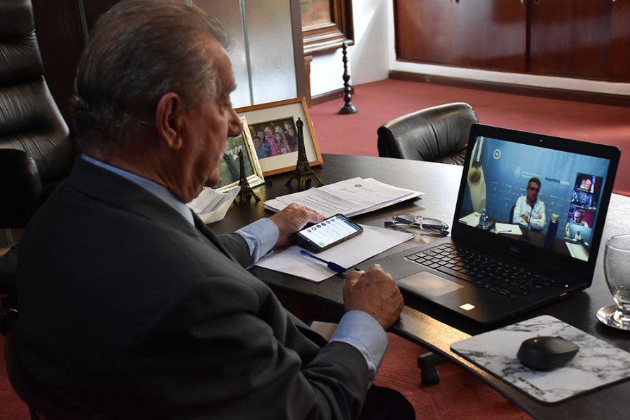 El ministro de Defensa de la Nación, Agustín Rossi, anunció que las Fuerzas Armadas y el Gobierno de Salta serán los encargados de realizar la logística en la distribución de la vacuna contra el Covid-19 en todo el territorio provincial.