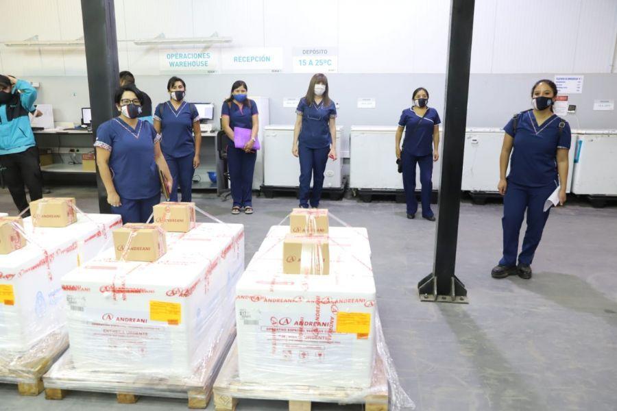 Es la segunda tanda que servirá para continuar con la inmunización contra el virus Sars-Cov2 del personal de salud que se desempeña en Capital y en el interior de la provincia.