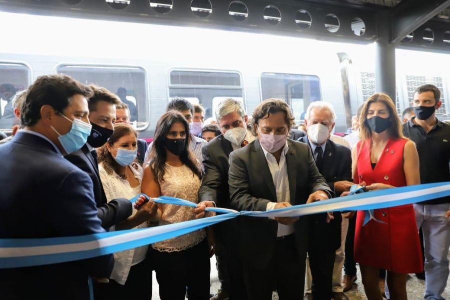 El gobernador de Salta participó de la reactivación del tren urbano