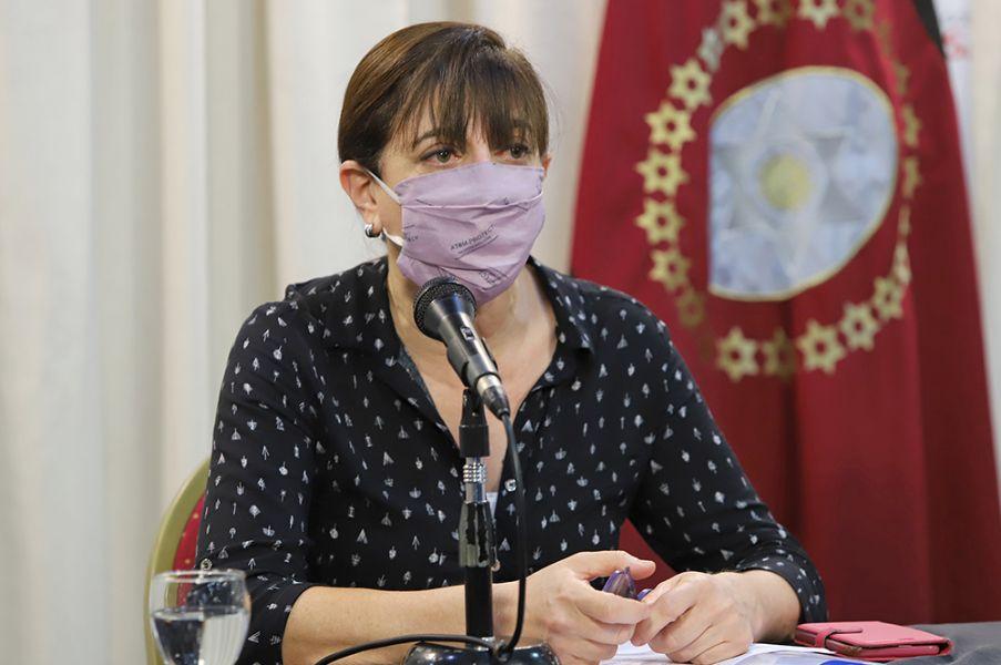 De esta forma, el 69 % de los trabajadores sanitarios ya completaron el esquema de vacunación contra el coronavirus. La aplicación de la segunda dosis fue diferida por 3 meses, según indicaciones del Gobierno Nacional.
