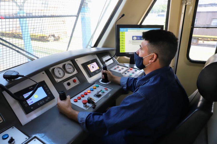 Con el recorrido Salta – Quijano el tren urbano realizó su primer viaje de prueba.