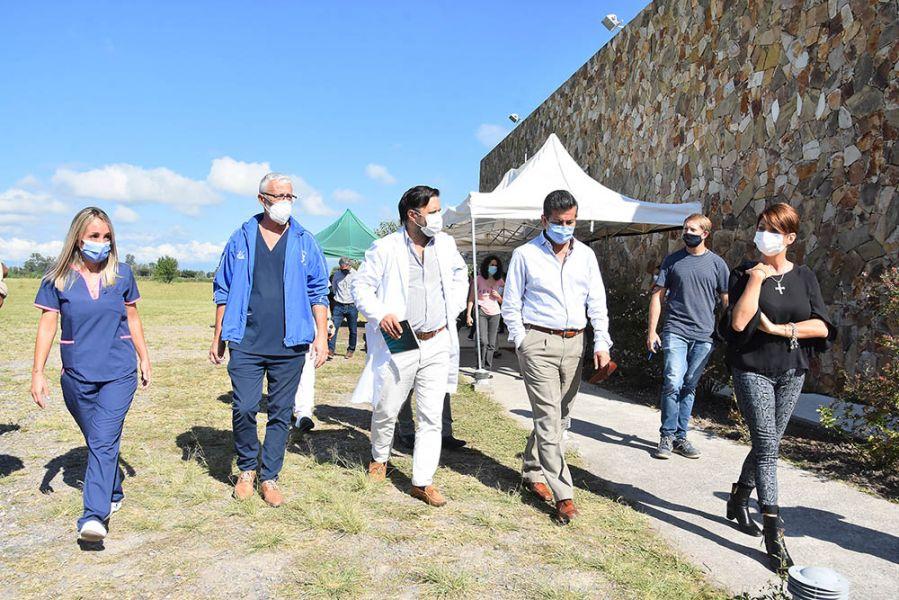 Aguilar recorrió el centro de recuperación de pacientes Covid de Limache