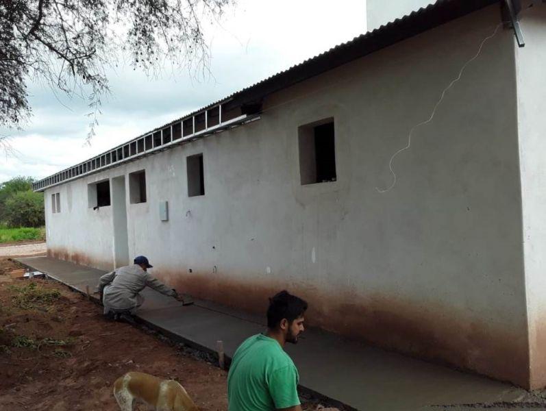 Etapa final de la construcción del Centro de Ayuda de la Mujer de Pizarro