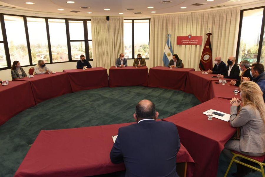 COVID-19: El Gobernador se reunió con representantes del comercio, gastronomía y turismo