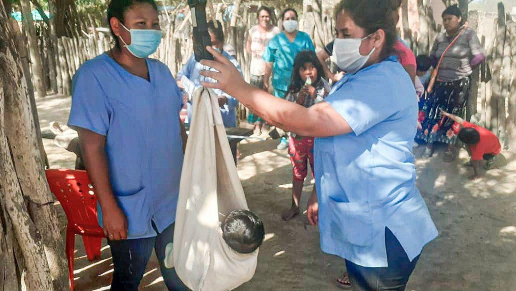 Se realizó la estrategia de barrido sanitario en 16 comunidades originarias de Santa Victoria Este
