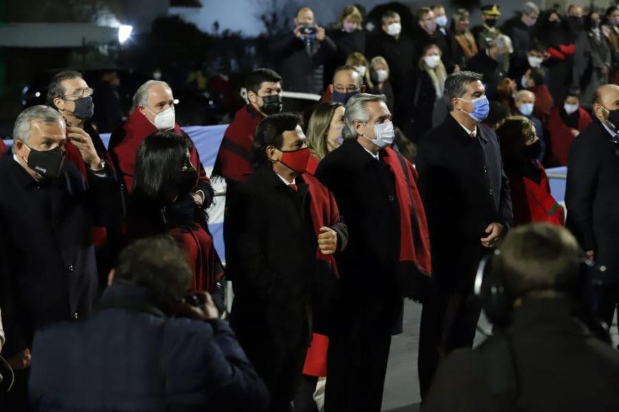 Con la Guardia Bajo las Estrellas, el gobernador Sáenz y el presidente Fernández iniciaron los actos centrales a Güemes