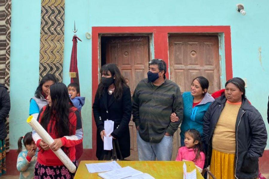 Artesanas recibieron en Alto La Sierra equipamiento del Banco de Herramientas