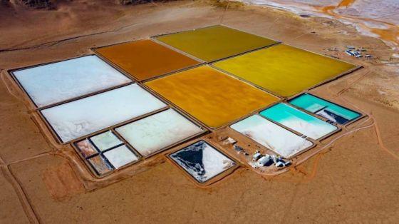 73424-minera-saltenia-concreto-su-primera-exportacion-de-cloruro-de-litio-condensado-a-china-2020112