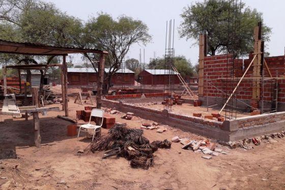 73644-se-edifica-una-escuela-plurigrado-rural-en-santa-victoria-este