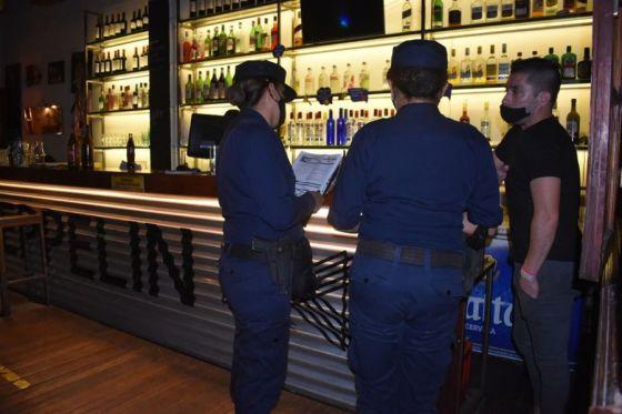74094-la-policia-detecto-ayer-9-fiestas-clandestinas-en-la-provincia