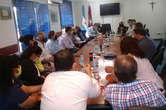 75061-el-gobierno-promueve-el-cooperativismo-en-el-sector-tabacalero