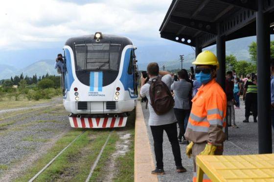75585-el-tren-urbano-al-valle-de-lerma-funcionara-desde-el-16-de-abril-con-dos-frecuencias