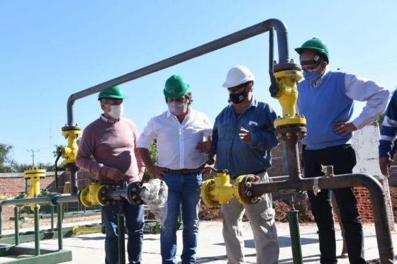 76413-los-vecinos-de-ballivian-y-coronel-cornejo-accederan-al-servicio-de-gas-natural