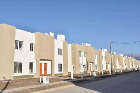 La Provincia de Salta entregará hoy 90 viviendas en Pereyra Rozas